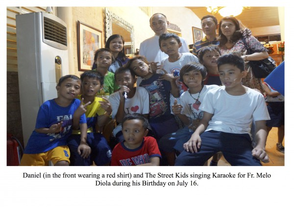 Fr. Melo and street kids, Manila
